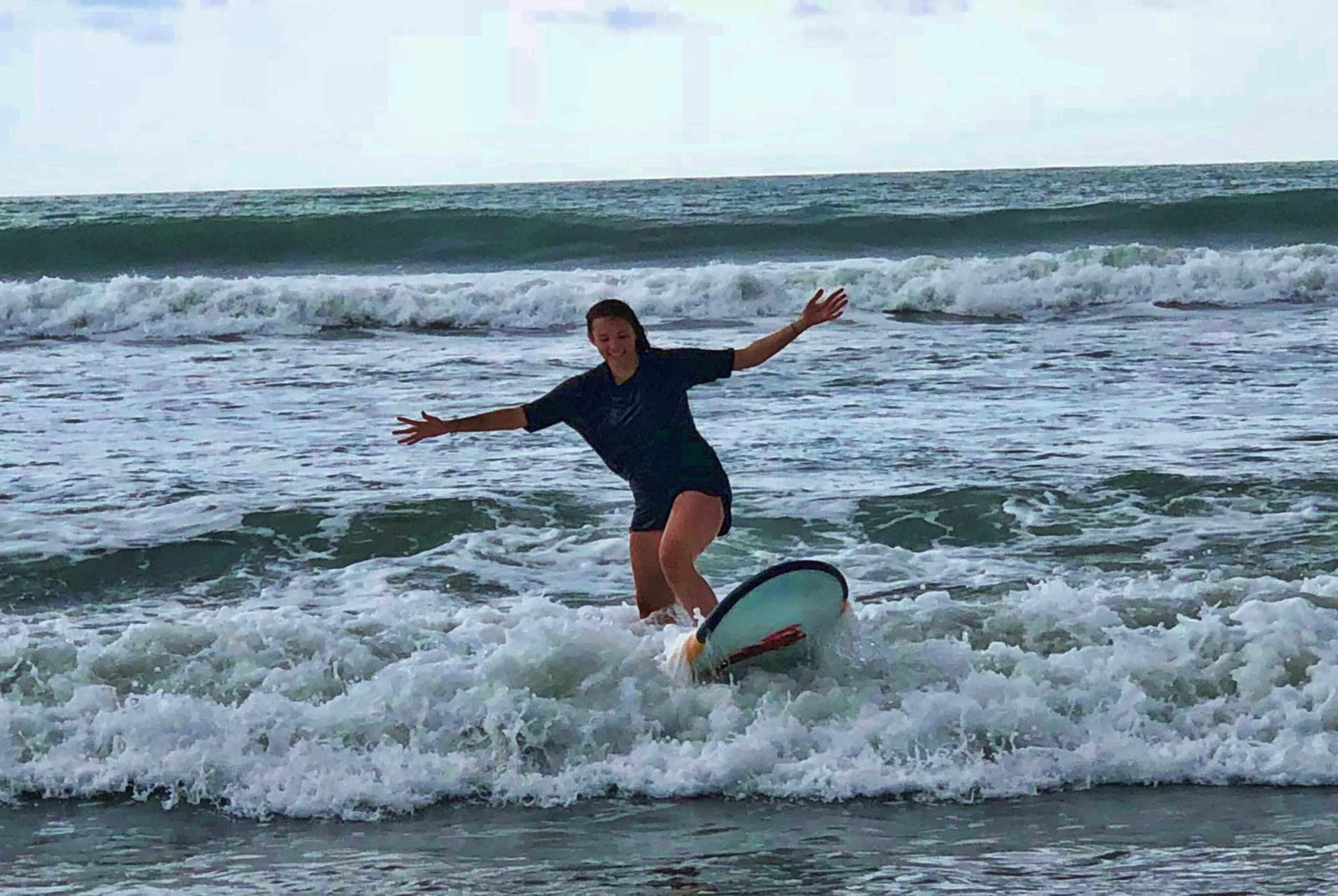 Surfing Mélissa